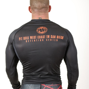 PitBull West Coast - Pánský L.S. Rashguard ORANGE DOG 16